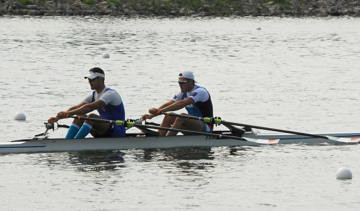 Azzurri subito protagonisti: 5 barche in finale, domani la semifinale del singolo pesi leggeri maschile